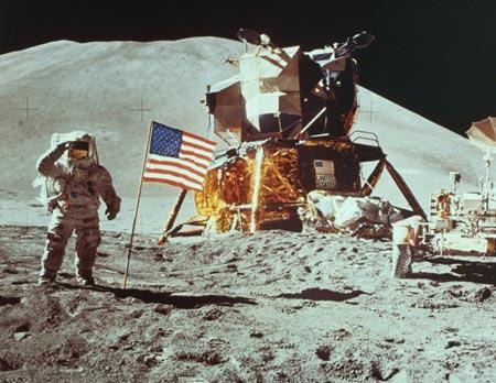 Mỹ lung lay tham vọng trở lại mặt trăng