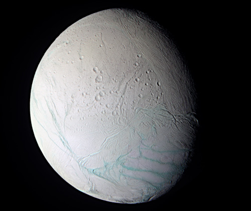 Dấu hiệu của nước trên vệ tinh sao Thổ