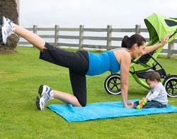 Tập thể dục để giảm cân ngay sau sinh là vô ích