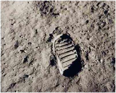 Phim gốc về cuộc đổ bộ mặt trăng bị xóa