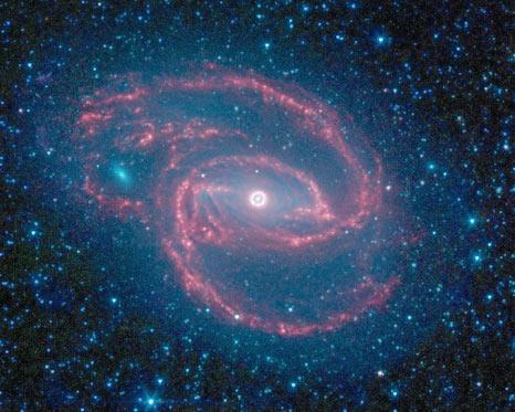 Mắt rực sáng trong vũ trụ