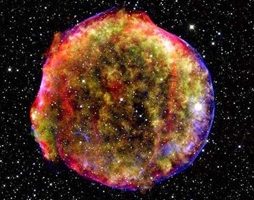 """Khám phá bên trong ngôi sao """"hấp hối"""""""