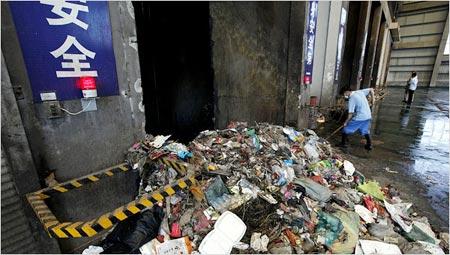 Hiểm hoạ từ lò đốt rác Trung Quốc