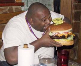 Thường xuyên ăn vặt sẽ gây ảnh hưởng não bộ