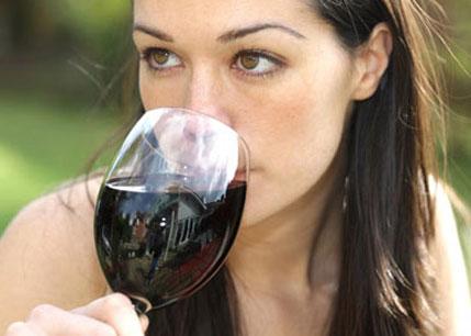 Rượu vang mất ngon vì khí thải
