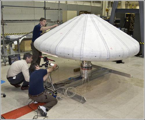 NASA thử nghiệm thành công chụp cách nhiệt tàu vũ trụ dạng khí