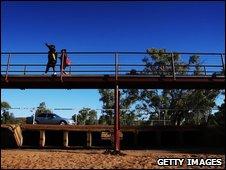"""Úc đối mặt với """"mùa đông nóng"""""""