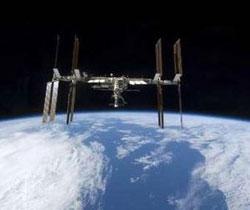 Rác cản đường về của tàu vũ trụ