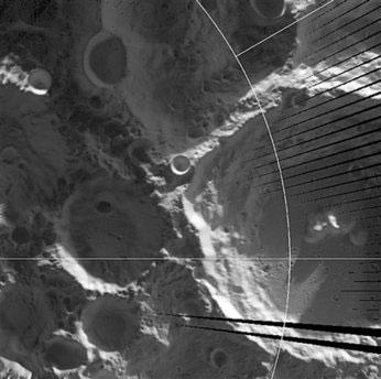 Phát hiện dấu hiệu của nước trên mặt trăng