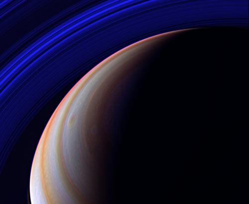 Bão sét sao Thổ phá vỡ kỉ lục trong Thái dương hệ