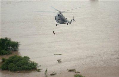 Hơn 200 người chết vì lũ lụt tại Ấn Độ