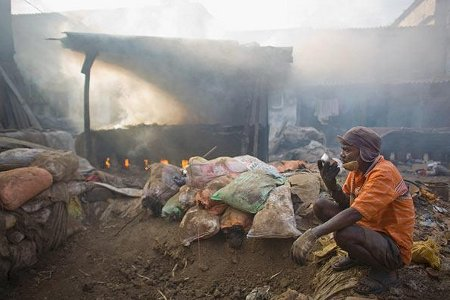 'Nóng bỏng' chất thải ở nông thôn