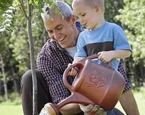 Tại sao cha già dễ sinh con dị tật?