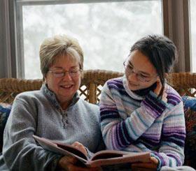 Tại sao bà nội thường quý cháu gái hơn?