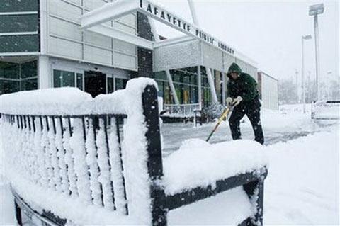 Mỹ chìm trong bão tuyết sớm