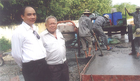 Sản xuất bê tông từ... bùn thải công nghiệp