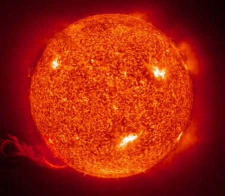 Tìm thấy hệ Mặt Trời thu nhỏ