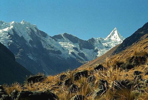 Phát hiện 5 ngọn núi lửa mới trên dãy núi Andes