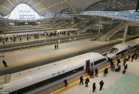 Trung Quốc khai trương tuyến đường sắt nhanh nhất thế giới