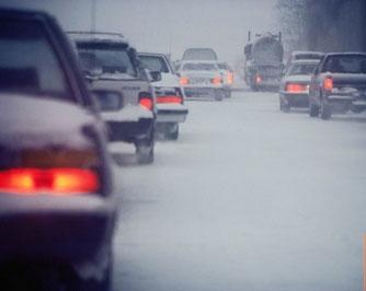 Hít nhiều khí thải xe dễ mắc bệnh Alzheimer
