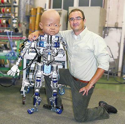 """Thêm """"bé robot"""" sắp chào đời"""