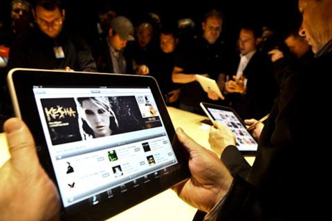 iPad - máy tính bảng được mong chờ nhất 2010