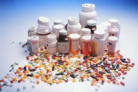Dùng nhiều loại thuốc cùng một lúc rất nguy hiểm