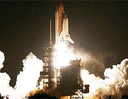 Tàu vũ trụ Mỹ bay vào không gian