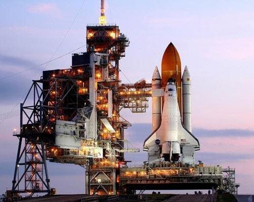 Tàu Endeavour lắp ghép thành công với ISS
