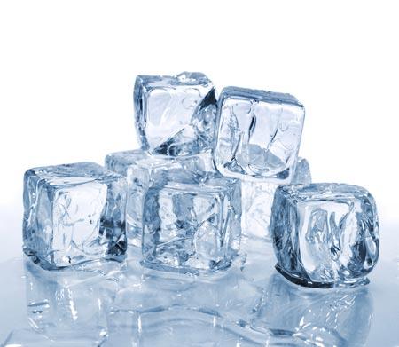 Nước có thể đông cứng khi được làm nóng lên