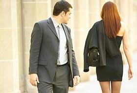 Phụ nữ gợi cảm có tác dụng như ma túy