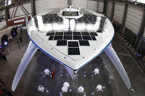 Đức xuất xưởng tàu năng lượng mặt trời lớn nhất thế giới