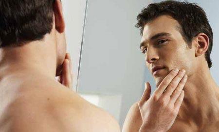 Đàn ông mặt hẹp đáng tin cậy hơn