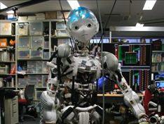 Chế tạo robot chứa hệ thống cơ, xương nhân tạo