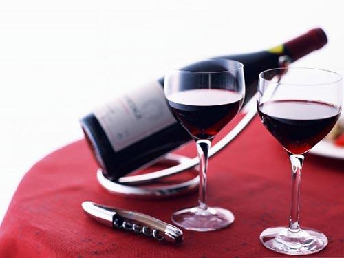 Muốn giữ dáng đẹp, hãy uống rượu vang!