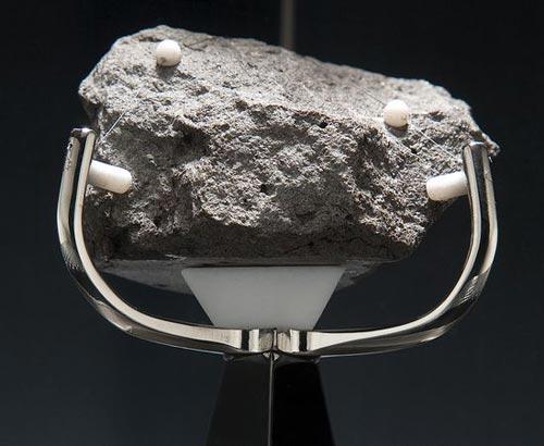Mặt trăng có nước: Những chứng cứ không thể phủ nhận