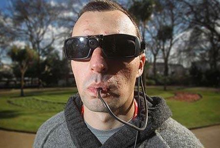 Người mù nhìn bằng lưỡi