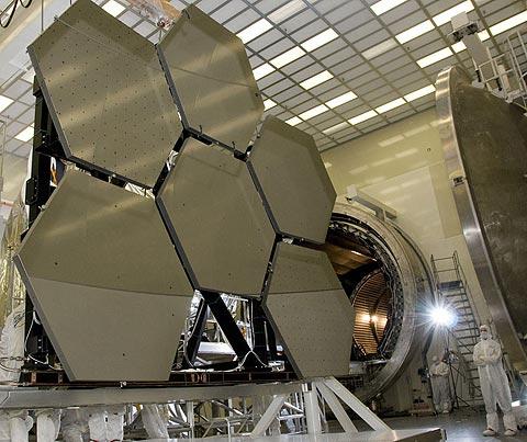 Ngắm 'kẻ kế vị' kính thiên văn Hubble