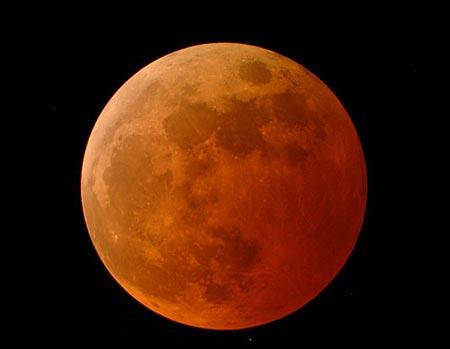 Mặt trăng có ba loại nước