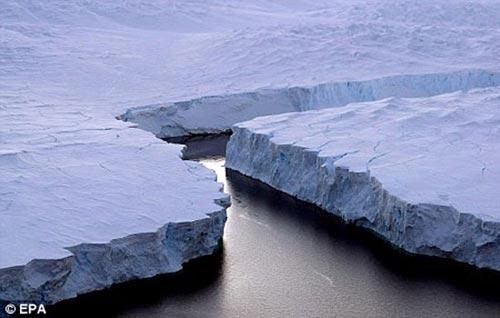 Hơi nước tầng bình lưu biến đổi nhiệt độ toàn cầu