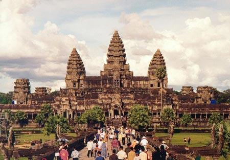 Đế quốc Khmer bị diệt vong như thế nào?