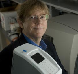 Kiểm tra ung thư miệng bằng chip nano sinh học