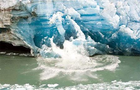 Băng vỡ gây 'sóng thần' tại Peru