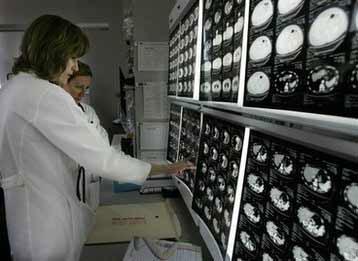 FDA chính thức phê chuẩn vắc-xin trị ung thư