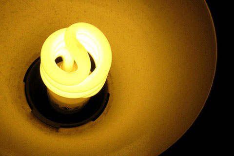 Ấn Độ mở chiến dịch 'bức tử' đèn sợi đốt