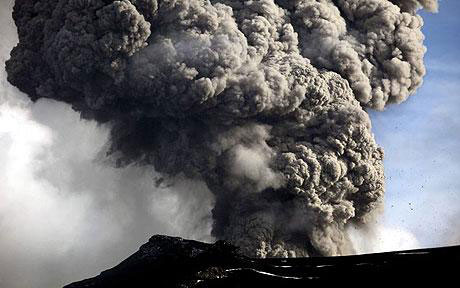 Một núi lửa mạnh tại Iceland sắp phun