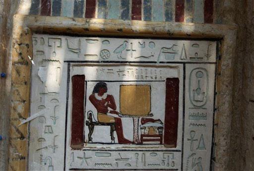 Phát hiện mộ đôi 4.300 năm