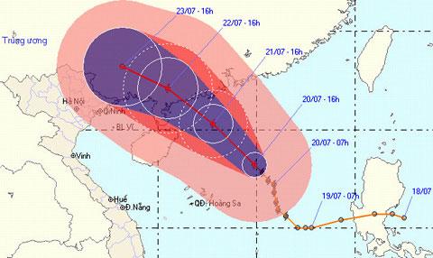 Bão Chanthu đang 'đánh võng' trên biển Đông