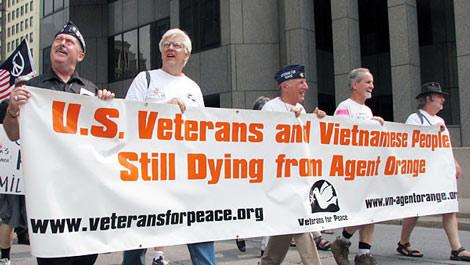 Lính Mỹ - nạn nhân chất độc da cam đã thắng!