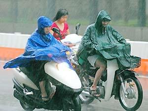 Áp thấp suy yếu, miền Bắc đón rét đậm và mưa rào